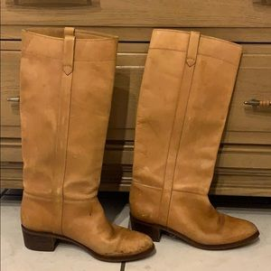 Vintage brown leather boots size 9